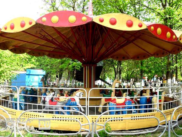Фото - Детский парк (Парк им. Ульяновых)