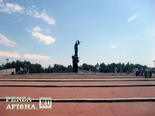 Фото - Памятник Победы (Мемориал воинской и трудовой славы пензенцев)